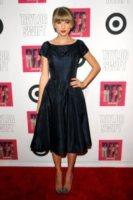 Taylor Swift - New York - 22-10-2012 - Taylor Swift donna da record per il suo album Red