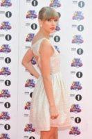 Taylor Swift - Londra - 07-10-2012 - Taylor Swift donna da record per il suo album Red