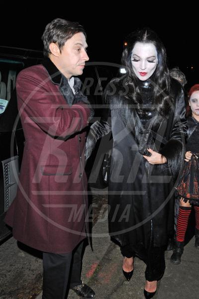 Jamie Hince, Kate Moss - Londra - 31-10-2012 - A Hollywood, la celebrità è in maschera a Halloween