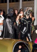 Kim Kardashian, Kanye West - Miami - 01-11-2012 - Ad Halloween le star si vestono così