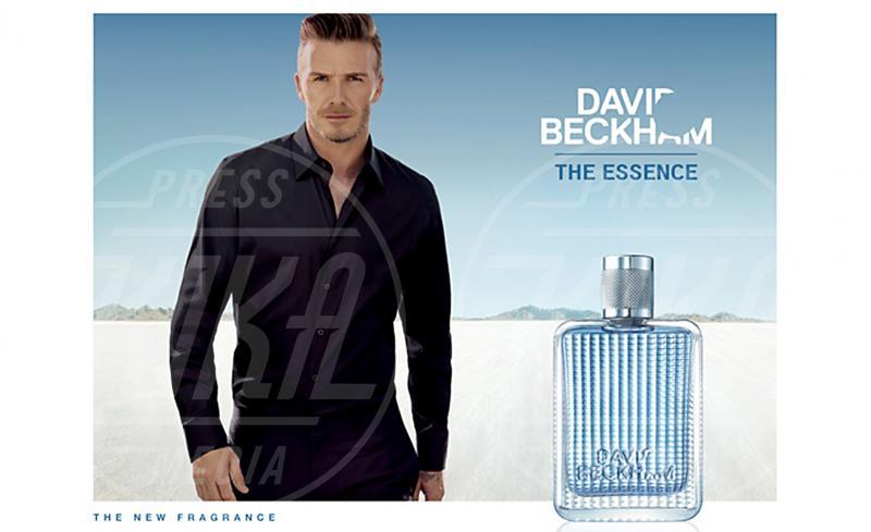David Beckham - Los Angeles - 02-11-2012 - David Beckham risponde a Brad Pitt con The Essence