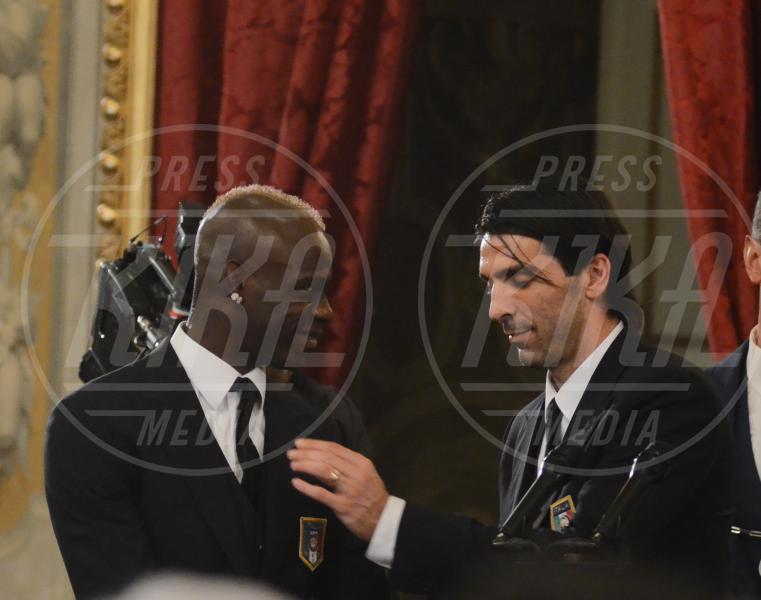 Gianluigi Buffon, Mario Balotelli - Roma - 02-07-2012 - Mario Balotelli: da bad boy alla cover di Time