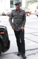 "Eddie Murphy - Beverly Hills - 09-11-2011 - Eddie Murphy ultima ""vittima"" sullo snowboard"