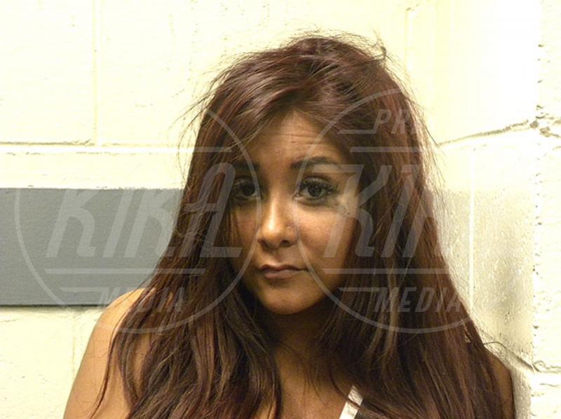 Nicole Snooki Polizzi - New Jersey - 03-08-2010 - Non si è una vera star se non si finisce in galera