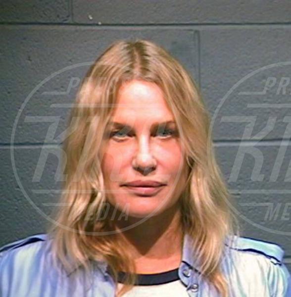 Daryl Hannah - 05-10-2012 - Da Bieber a McConaughey: non c'è divo senza arresto