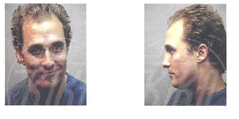 Matthew McConaughey - Los Angeles - 30-07-2006 - Da Bieber a McConaughey: non c'è divo senza arresto