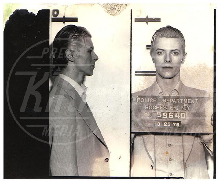 David Bowie - Hollywood - 27-07-2010 - Per le star è obbligatorio il passaggio dietro le sbarre