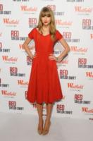 Taylor Swift - Londra - 06-11-2012 - La classe non è acqua… è Taylor Swift!