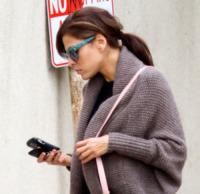 Eva Mendes - Los Angeles - 11-11-2011 - Gli smartphone influenzeranno l'evoluzione dell'uomo