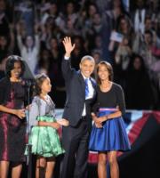 Sasha Obama, Malia Obama, Michelle Obama, Barack Obama - Chicago - 07-11-2012 - Un biopic sul primo appuntamento tra Michelle e Barack Obama