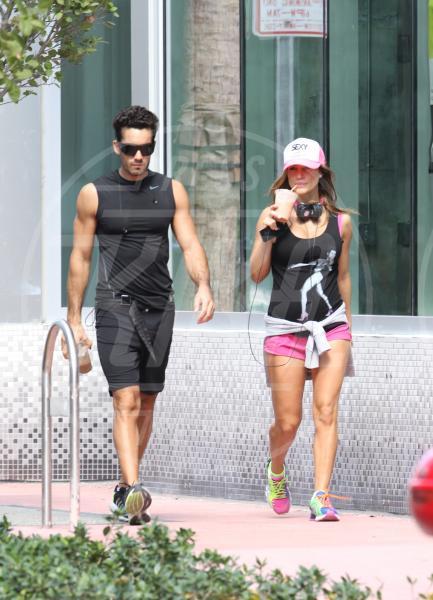 Aaron Diaz, Lola Ponce - Miami Beach - 07-11-2012 - Rumer Willis e le altre: quando lo sport è sexy