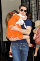 Suri Cruise, Tom Cruise - New York - 17-07-2012 - Il suicidio di Tony Scott blocca il progetto di Top Gun 2