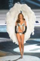 Miranda Kerr - New York - 07-11-2012 - Victoria's Secret: più belli gli Angeli o... i reggiseni?