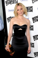 Brittany Snow - Los Angeles - 24-09-2012 - Brittany Snow nella serie con Dakota Johnson, Ben and Kate