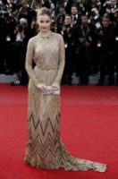 Barbara Palvin - Cannes - 18-05-2012 - Il sexy angelo custode di Justin Bieber è Barbara Palvin