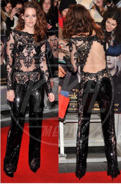 Kristen Stewart - Londra - 14-11-2012 - Kristen Stewart e Chloe Grace Moretz, bellezze a confronto