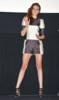 Kristen Stewart - Tokyo - 24-10-2012 - Dalle Converse al nude look: l'evoluzione di Kristen Stewart
