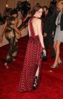 Kristen Stewart - New York - 02-05-2011 - Dalle Converse al nude look: l'evoluzione di Kristen Stewart