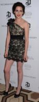 Kristen Stewart - New York - 18-10-2010 - Dalle Converse al nude look: l'evoluzione di Kristen Stewart