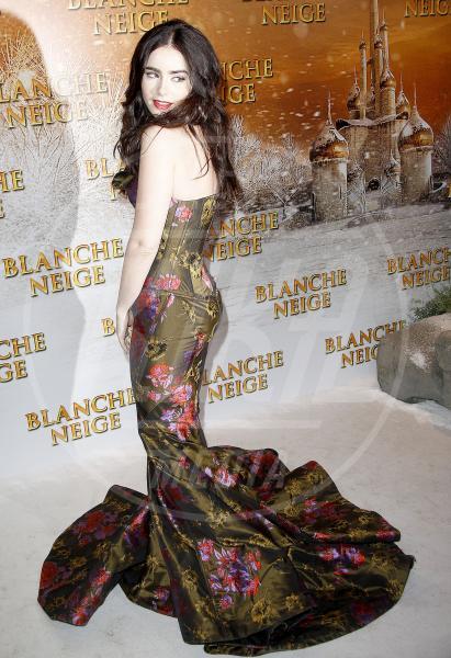 Lily Collins - Parigi - 01-04-2012 - 2012: ecco le peggio vestite dell'anno