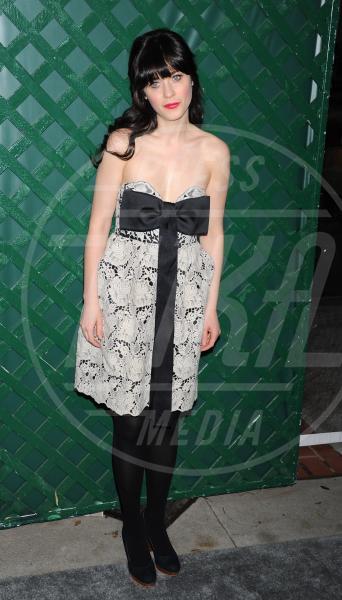 Zooey Deschanel - West Hollywood - 12-04-2012 - 2012: ecco le peggio vestite dell'anno