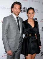 Jennifer Lawrence, Bradley Cooper - Beverly Hills - 19-11-2012 - Coppie famose: innamorati sul set. E nella vita?