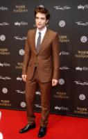 Robert Pattinson - Berlino - 27-04-2011 - Essere o non essere gay? Questo è il pettegolezzo