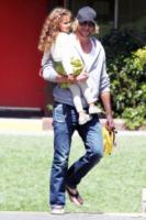 Nahla Ariela Aubry, Gabriel Aubry - Los Angeles - 10-04-2012 - Gabriel Aubry si picchia con Olivier Martinez
