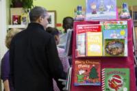Barack Obama - Arlington - 24-11-2012 - Barack Obama sostiene le piccole imprese con le figlie
