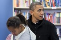 Malia Obama, Barack Obama - Arlington - 24-11-2012 - Barack Obama sostiene le piccole imprese con le figlie