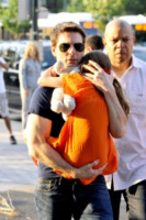 Suri Cruise, Tom Cruise - New York - 17-07-2012 - Tom Cruise fa chiudere Trafalgar Square per il suo film
