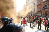 Protesta Ilva - Taranto - 02-08-2012 - Ilva di Taranto, occupati gli uffici della direzione