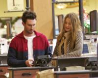 Behati Prinsloo, Adam Levine - Los Angeles - 26-11-2012 - Star come noi: la vita reale è fatta di commissioni