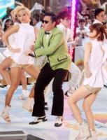 PSY - New York - 14-09-2012 - Psy: GanGnam Style fa saltare i contatori YouTube