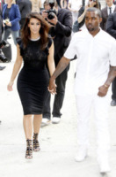 Kim Kardashian, Kanye West - Parigi - 04-07-2012 - Le star più cliccate dell'anno: Belen prima, Canalis ultima