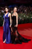 Manuela Arcuri, Asia Argento - Venezia - 31-08-2012 - Le star più cliccate dell'anno: Belen prima, Canalis ultima