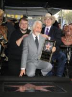 Rick Baker, Michael Moore - Los Angeles - 30-11-2012 - Il mago del make up Rick Baker entra nell a Walk of Fame