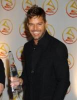 """Ricky Martin - New York - 02-11-2006 - Ricky Martin e' diventato papa' di due gemelli da una """"madre surrogata"""""""