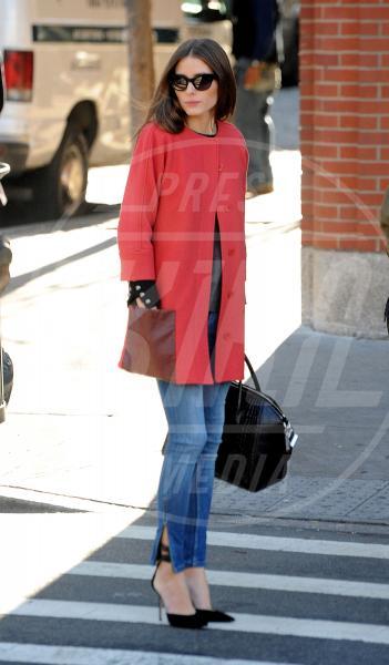 Olivia Palermo - New York - 06-12-2012 - Corto e colorato: ecco il cappotto di primavera
