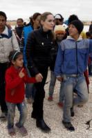 Angelina Jolie - Giordania - 08-12-2012 - Donne per un mondo migliore, quante ambasciatrici tra le vip!