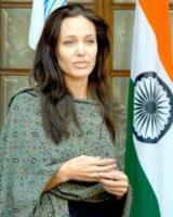 Angelina Jolie - New Dehli - 05-11-2006 - Donne per un mondo migliore: Victoria Beckham ambasciatrice ONU