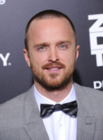 Aaron Paul - Hollywood - 09-12-2012 - La villa vintage di Aaron Paul. Che stile Jesse Pinkman!