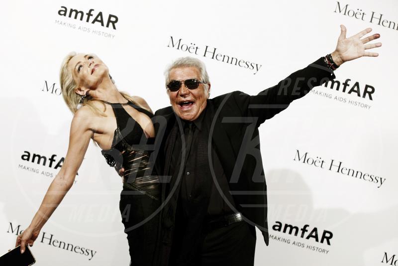 Roberto Cavalli, Sharon Stone - Milano - 21-09-2012 - Villa Arzilla: i Peter Pan dello showbusiness
