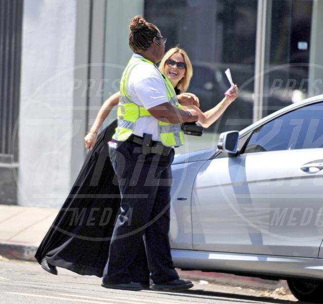 Mena Suvari - Los Angeles - 04-09-2012 - Divieto di sosta: tutte le star in contravvenzione