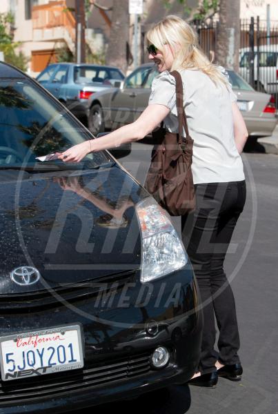 Kirsten Dunst - Los Angeles - 28-10-2008 - Divieto di sosta: tutte le star in contravvenzione