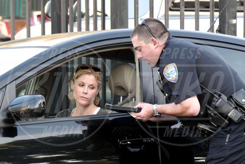 Julie Bowen - Los Angeles - 18-11-2010 - Divieto di sosta: tutte le star in contravvenzione