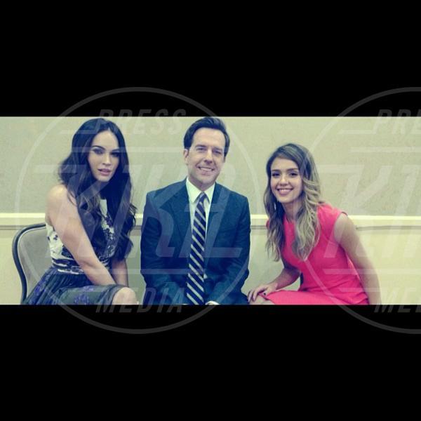 Megan Fox, Jessica Alba - 13-12-2012 - Le star usano Twitter per stare vicine ai loro fan