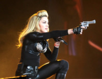 "Madonna - Buenos Aires - 14-12-2012 - Madonna si confessa: ""Sono stata violentata"""