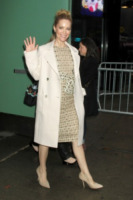 Leslie Mann - New York - 18-12-2012 - Le celebrities vanno in bianco… anche d'inverno!