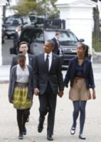 Sasha Obama, Malia Obama, Barack Obama - Washington - 27-10-2012 - Time: Barack Obama eletto Person of the year